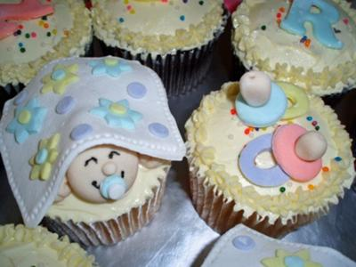 Baby shower cupcakes for Baby shower cupcake decoration ideas