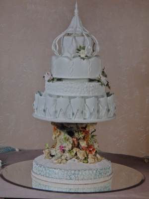 dawn parrott seaside cake