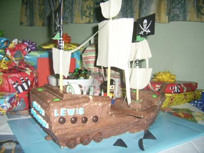 Lewis' pirate ship cake
