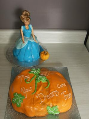 cinderella and pumpkin cakes