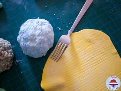 fondant covered ice cream scoop
