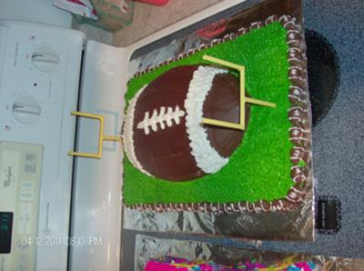 Football Field Cakes httpwwwcakedecoratingcornercom
