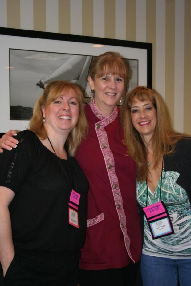 Dawn Parrott, Kathlreen Lange, Theresa Happe