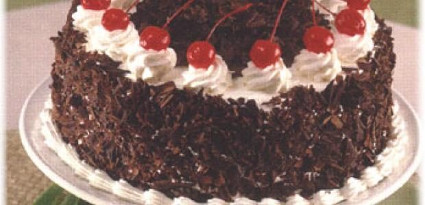 Black Forest Cake http://www.cake-decorating-corner.com/