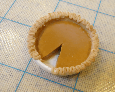 gum paste pumpkin pie